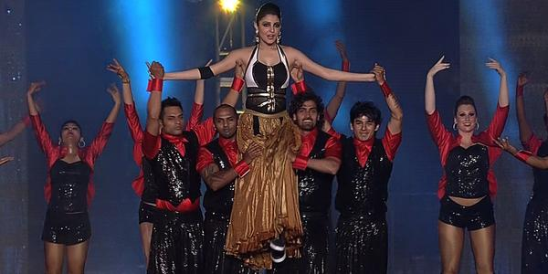 Anushka sharma in Pepsi IPL 2015