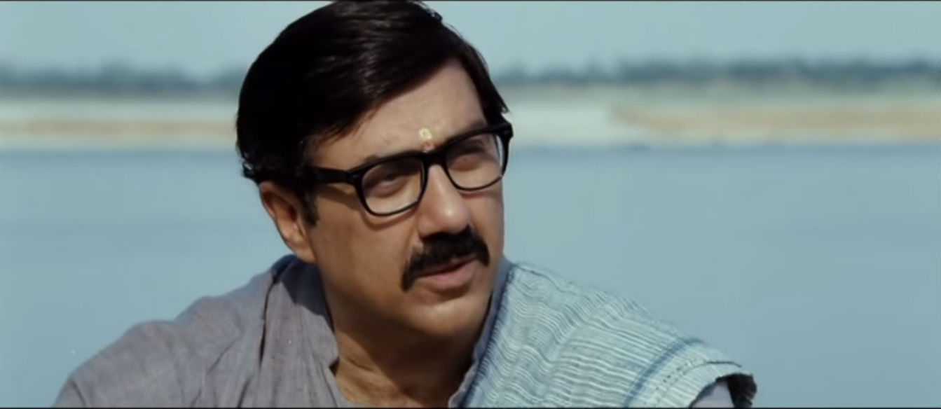 sunny deol in mohalla assi movie image